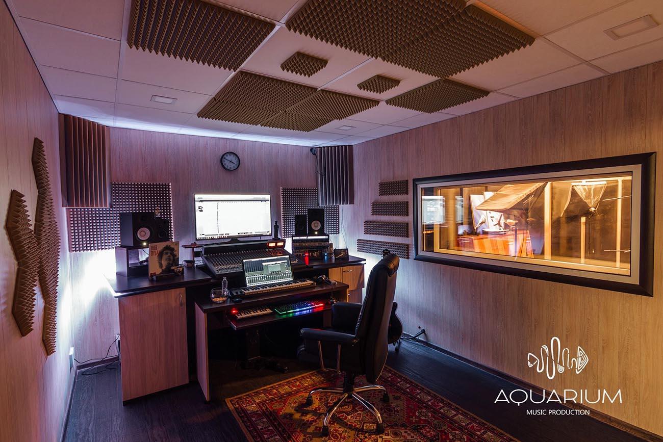 атмосфера студии звукозаписи